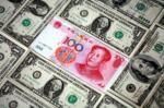 Eerste handelstekort China in zes jaar